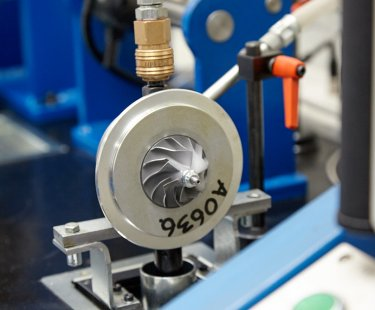 Турбіни  для дизельних та бензинових двигунів